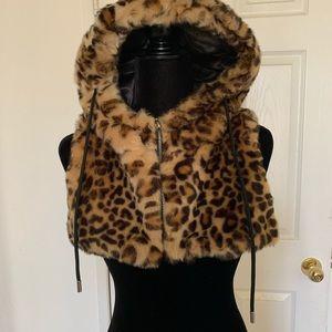 Jackets & Blazers - Leopard Print Cropped Jacket